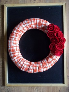 red wreath 004
