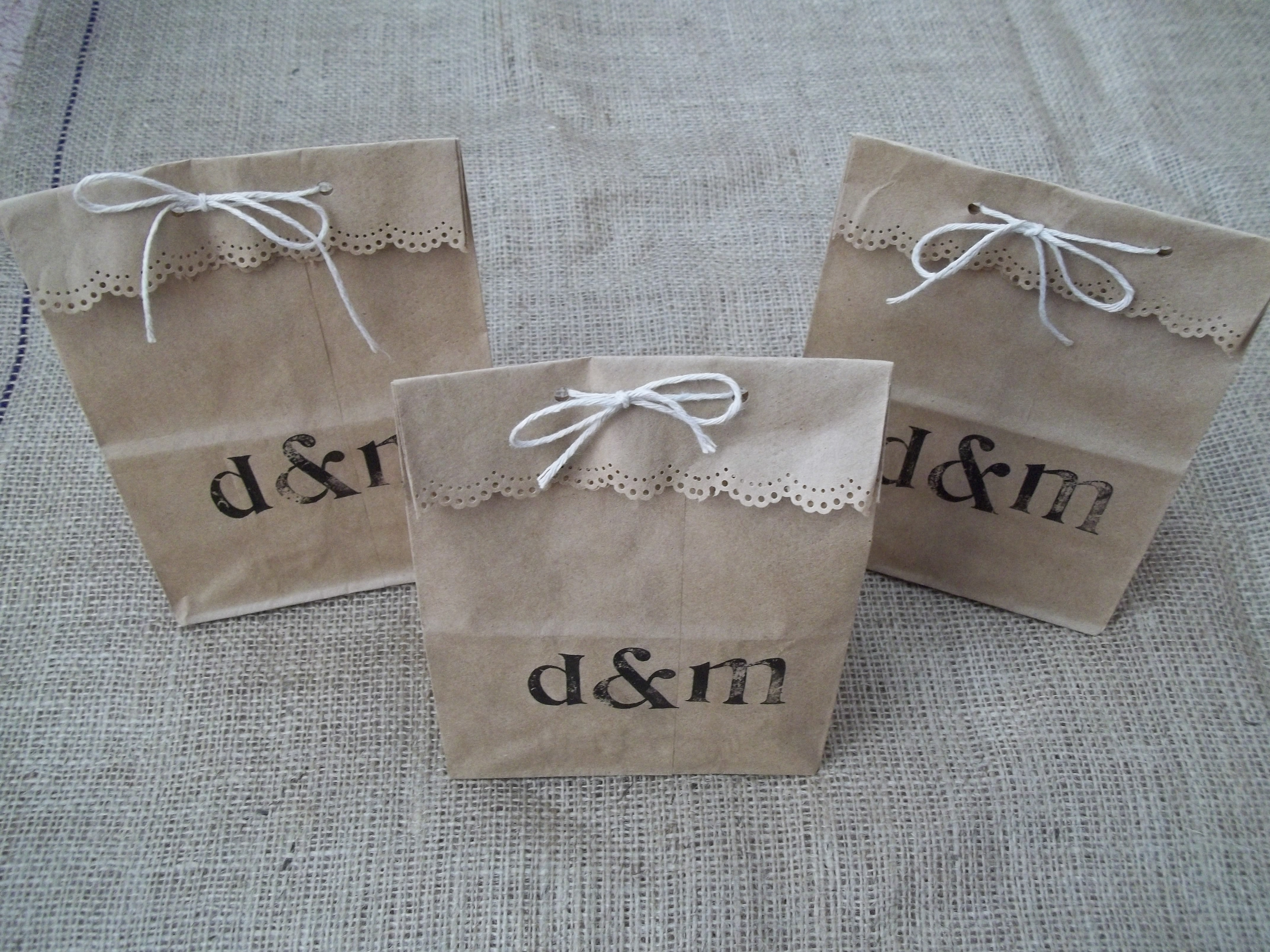 Paper Bag Wedding Favor Ideas : Nothing fancy or frilly here. But I rather like how they turned out.