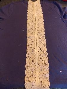 lace shirt, wheat crackers 002