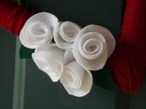 cmas wreaths, button rings 005