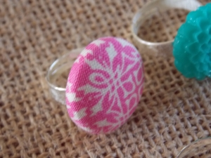 cmas wreaths, button rings 043