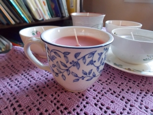 teacup candles, lace earrings 022