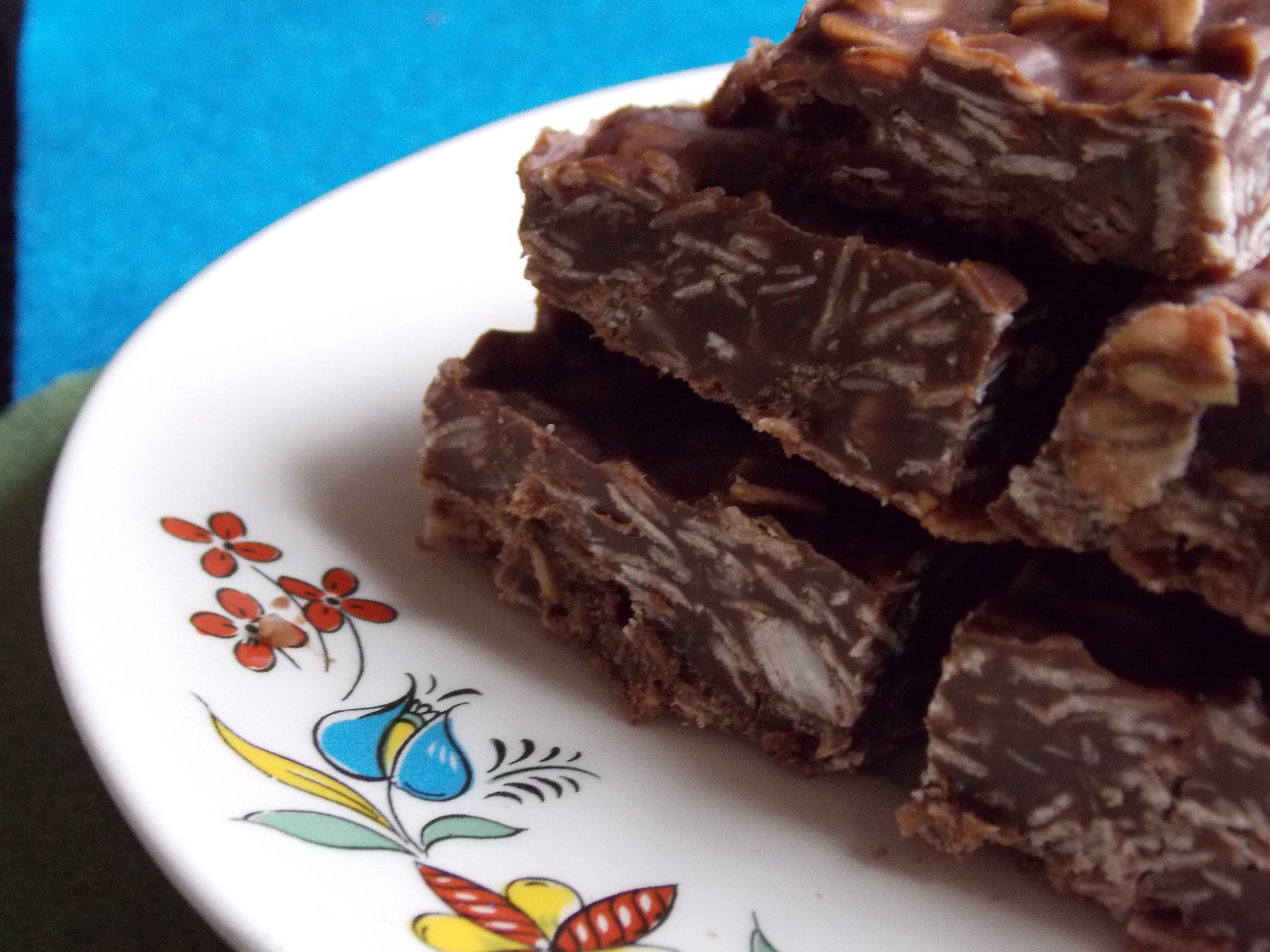 No-Bake Chocolate Oatmeal Bars | Quiver Full of Blessings