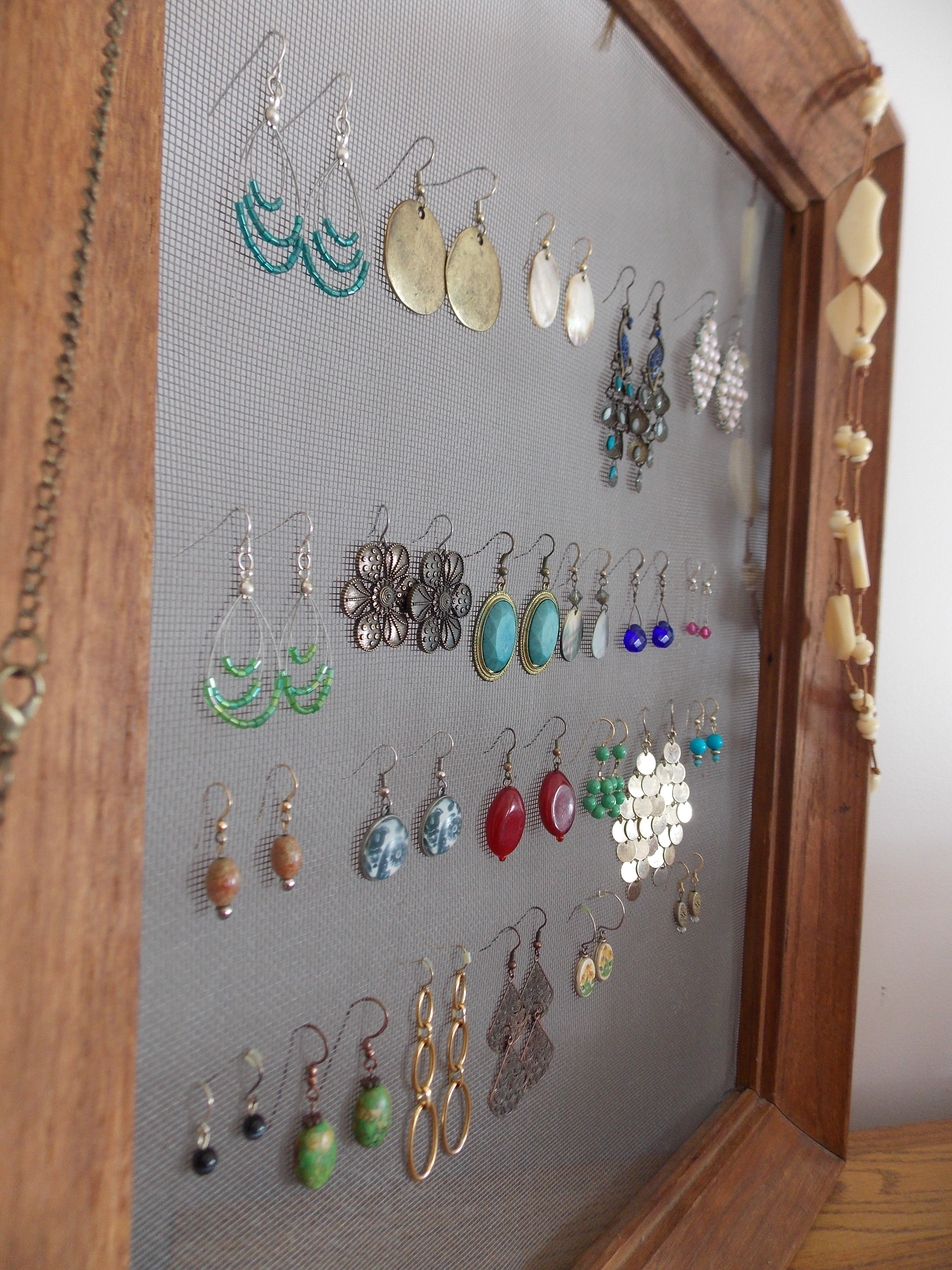 Easy DIY Earring Holder – Quiver Full of Blessings