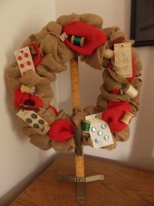 sewing wreath 009